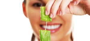natural-remedies-for-acne-aloe-vera-2_cr